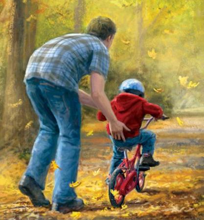 папа гуляет с сыном